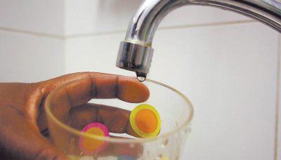 Tenerife-Connect Adeje drinkbaar drinkwater kraanwater laboratorium leiding proeven