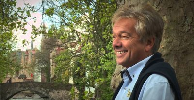 Tenerife-Connect amusement Crooner Frank Valentino optreden zanger show performer