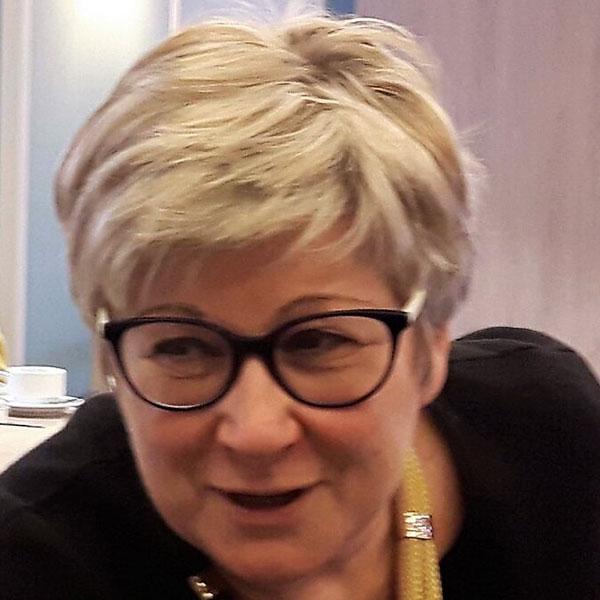 MARTINE KIRSCHEN