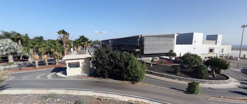 Tenerife-Connect terminal luchthaven Reina sofia aeropuerto passagiers